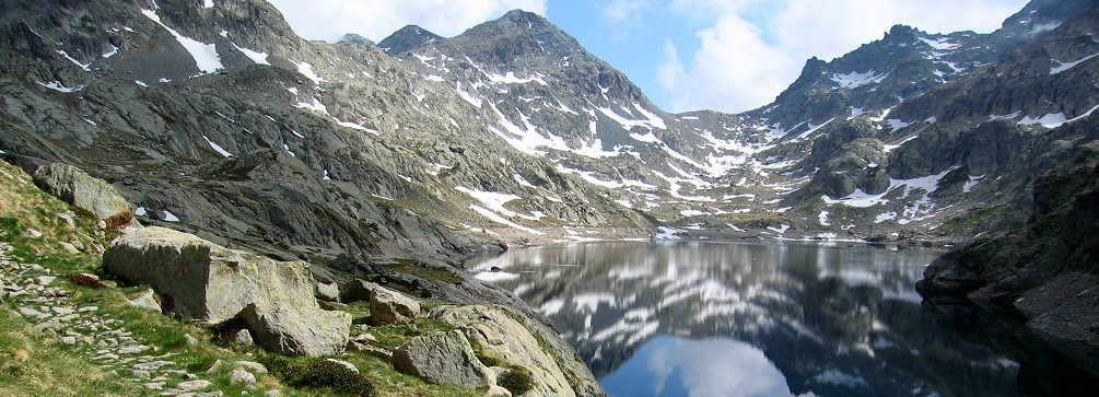 Lac du Basto in the Valmasque Valley, Maritime Alps of France
